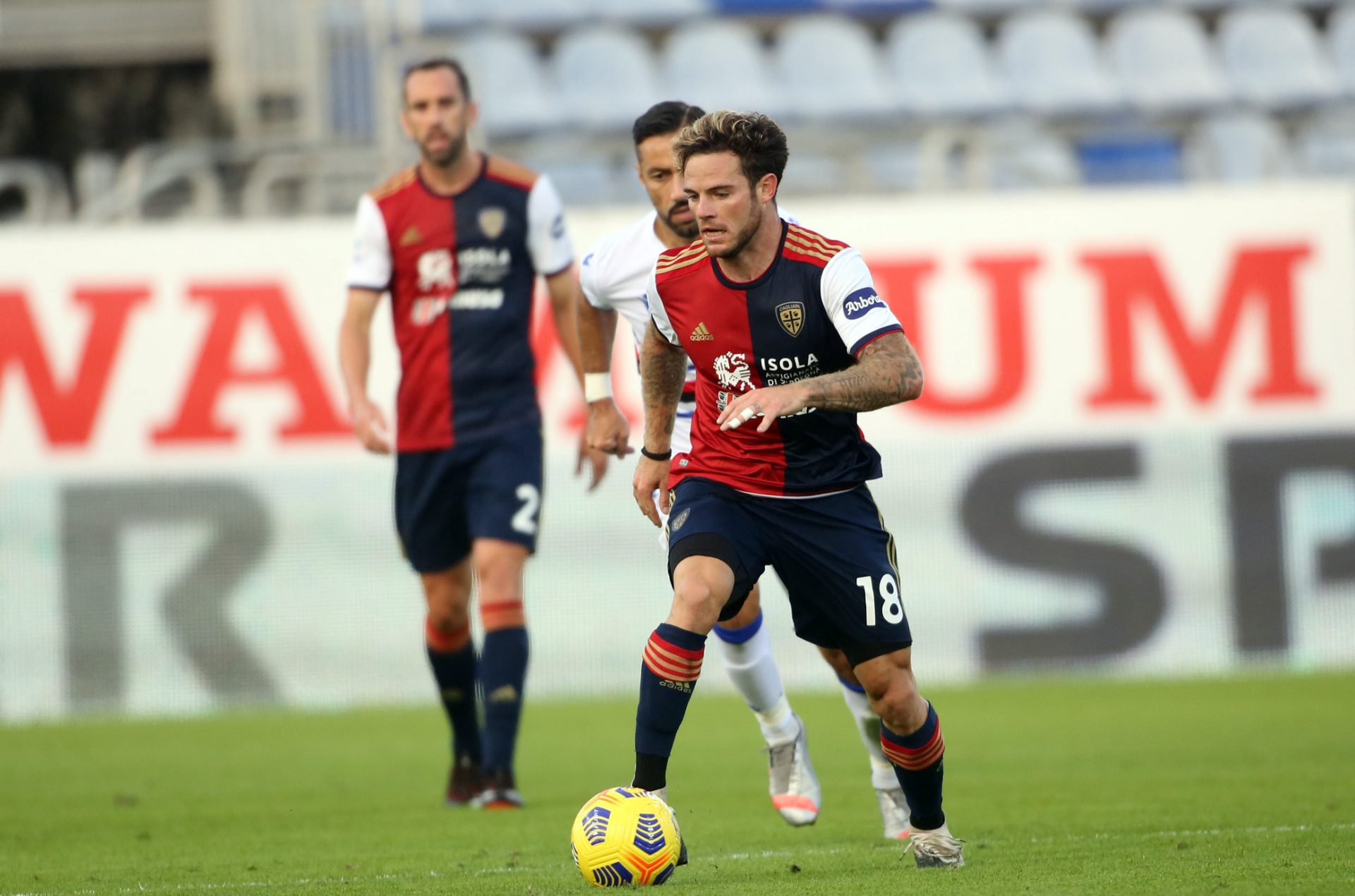 Lazio can also be considering Nahitan Nández