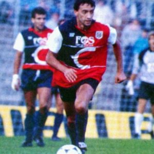 cagliari-home-1985-1986-595x595.jpg